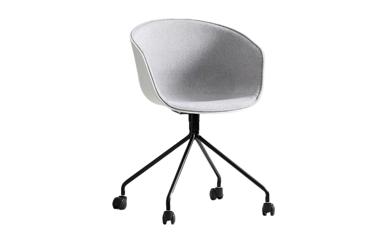 Рабочий стул на колесах 540