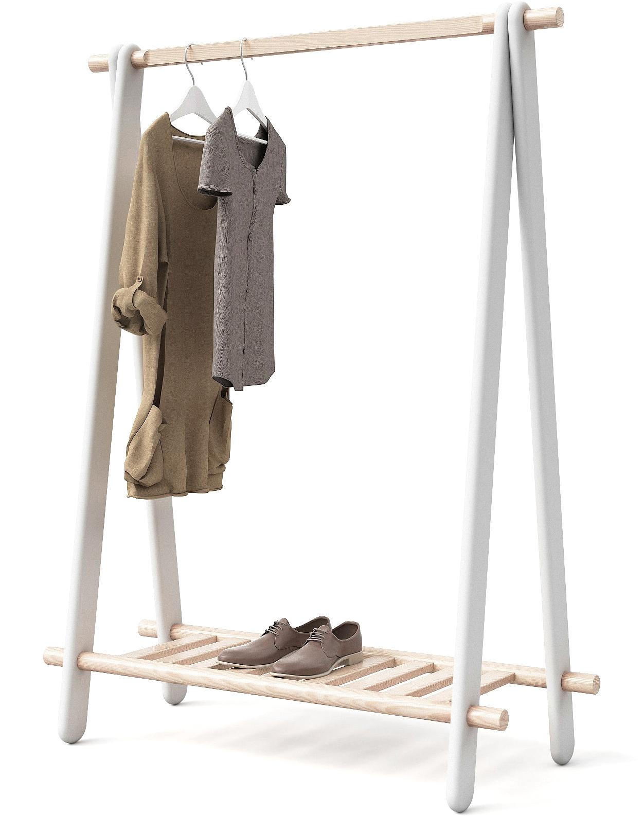 Можно разместить большое количество одежды